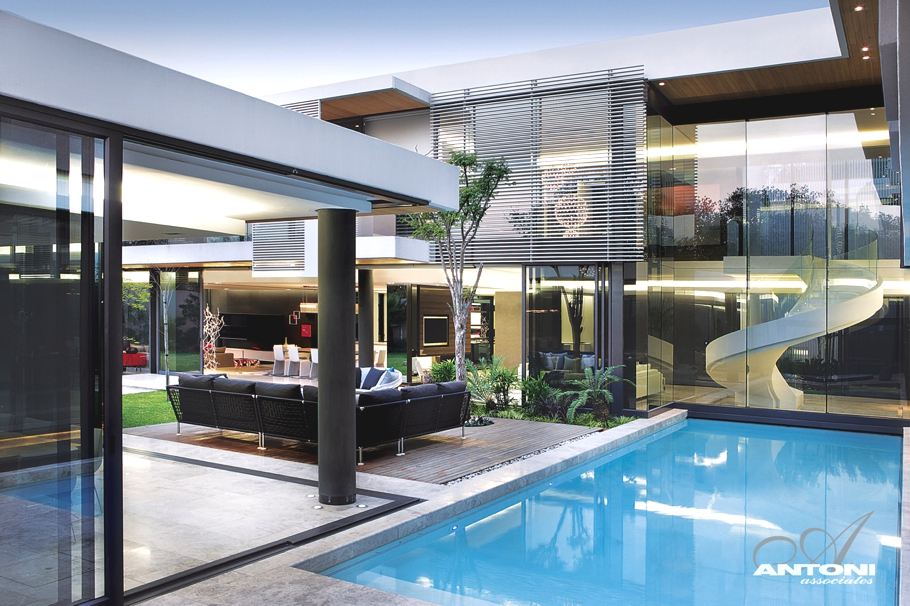 Stefan antoni olmesdahl true architects dj storm 39 s blog for Luxury kitchen johannesburg