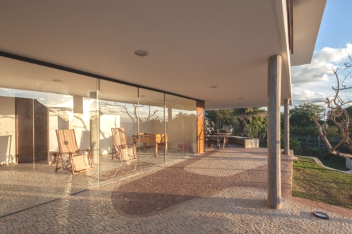 Contemporary-Property-Design-Brazil-04