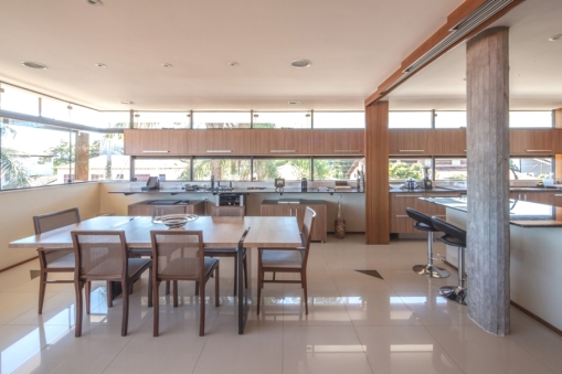 Contemporary-Property-Design-Brazil-06