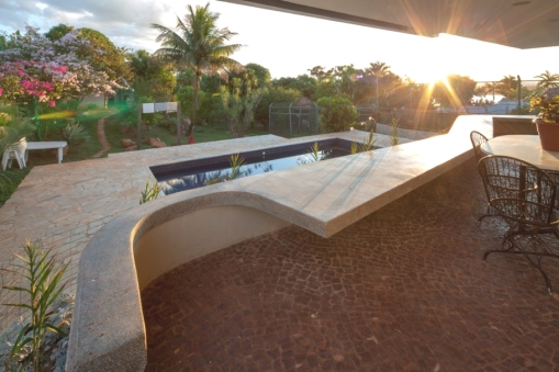 Contemporary-Property-Design-Brazil-08