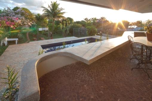Contemporary-Property-Design-Brazil-08