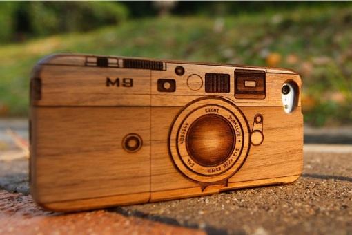 Hand-Carved-Walnut-iPhone-5-Case_BonjourLife.com_