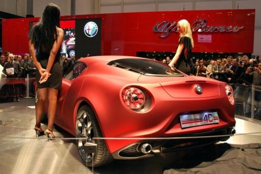 2013-Alfa-Romeo-4C-3