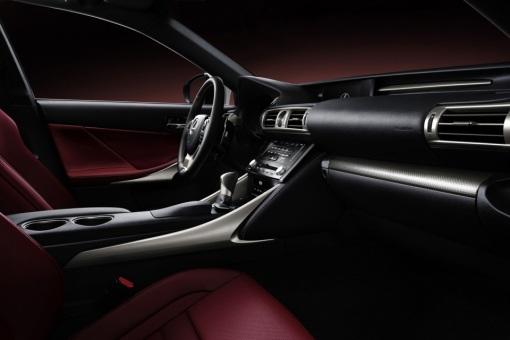 2014-Lexus-IS-4
