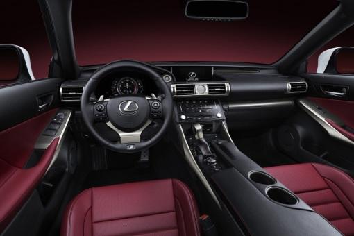 2014-Lexus-IS-8