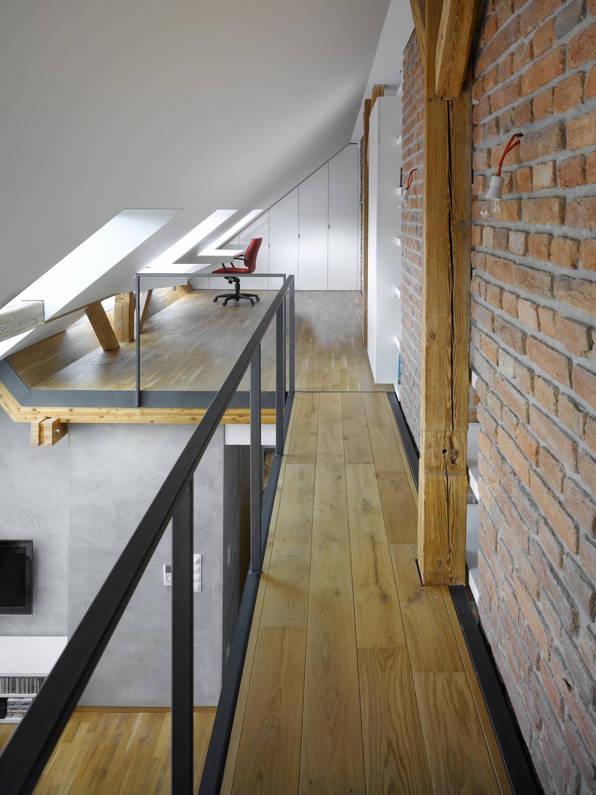 Small attic loft apartment in prague dj storm 39 s blog for Designer apartment prague