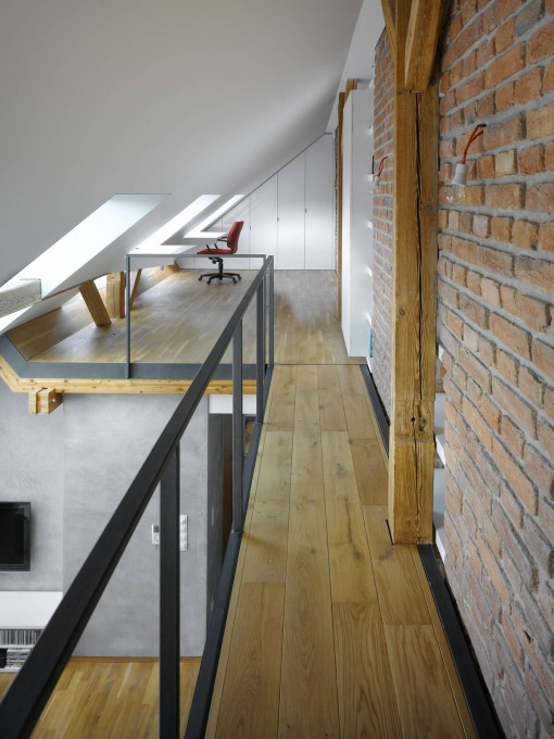 Attic-Loft-Apartment-Prague_5