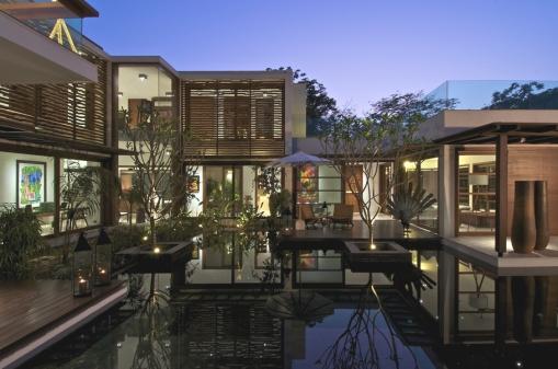 Contemporary-Interior-Design-Property-Gujrat-India-00