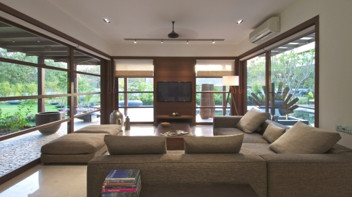 Contemporary-Interior-Design-Property-Gujrat-India-05