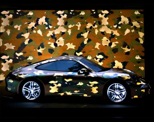 porsche-911-projection-motionless-driving-video-500x394