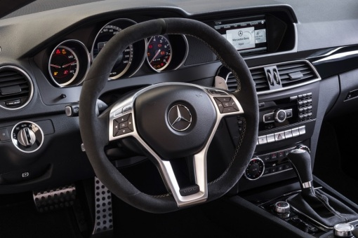 2014-Mercedes-Benz-C63-AMG-Edition-507-4