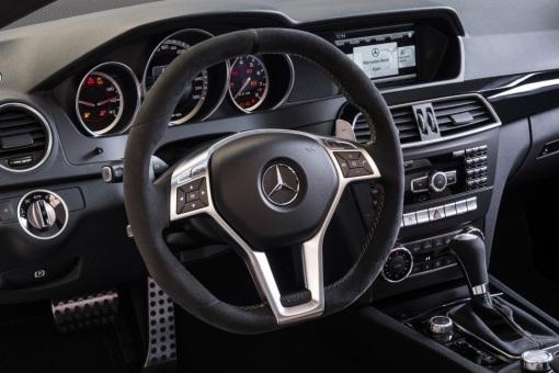 2014-Mercedes-Benz-C63-AMG-Edition-507-4