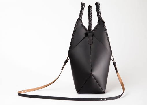 dezeen_Finger-Trap-handbags-by-James-Piatt_ss_1