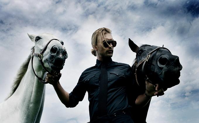 Pieter-Henket-Editorial-Horses