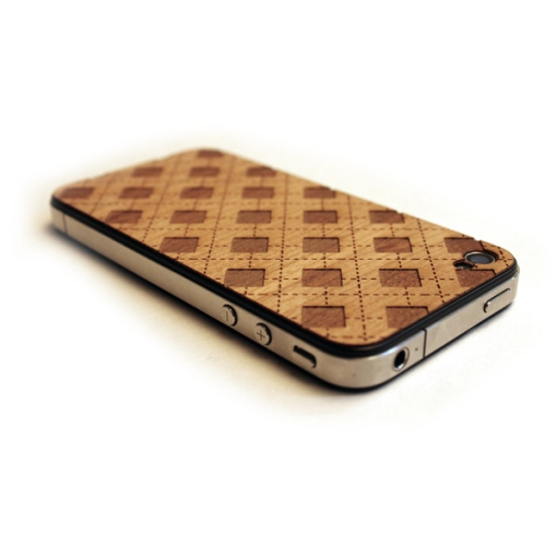 6-lazerwood-wood-veneer-cover-for-the-iphone-4