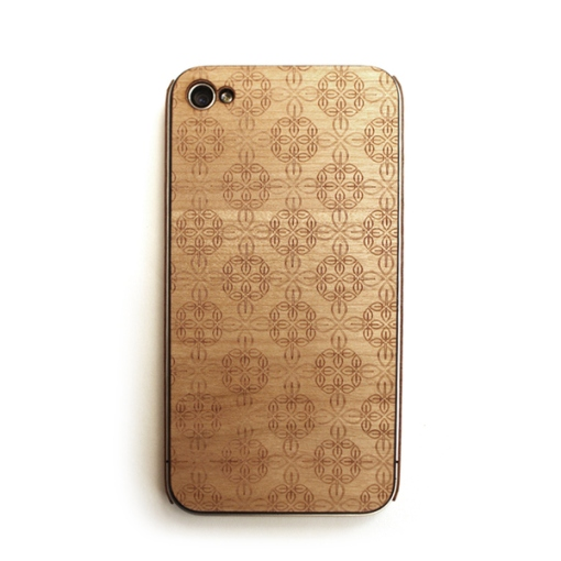 8-lazerwood-wood-veneer-cover-for-the-iphone-4