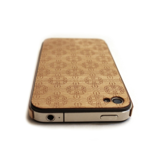 9-lazerwood-wood-veneer-cover-for-the-iphone-4