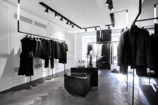 Karl-Lagerfeld-Store-Upstair