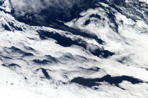 space239-clouds-indian-ocean_65828_600x450