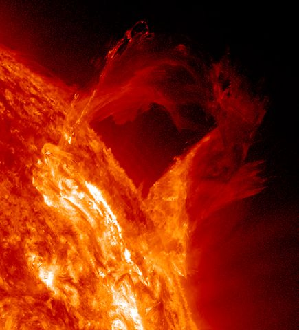 space239-sun-prominence_65827_600x450
