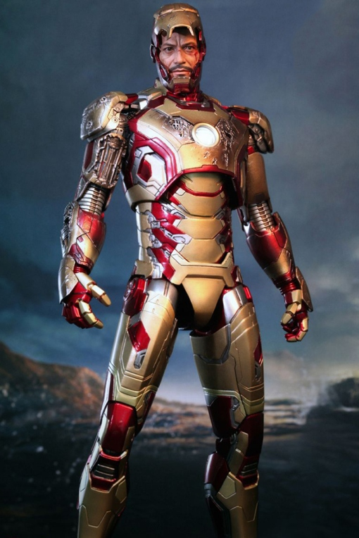 hot-toys-iron-man-3-mark-xlii-limited-edition-collectible-figure-2