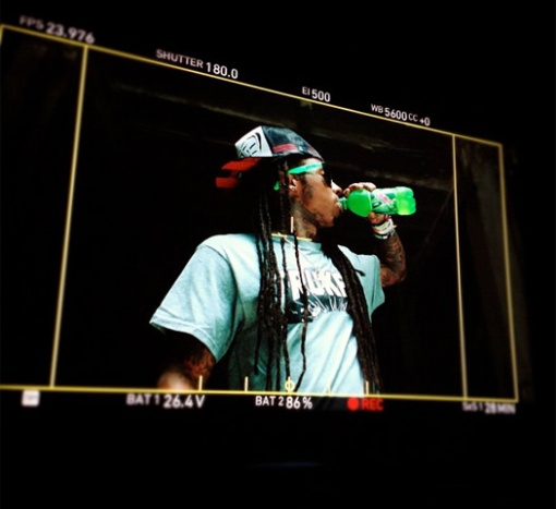 lil-wayne-shoots-deweezy-commercial