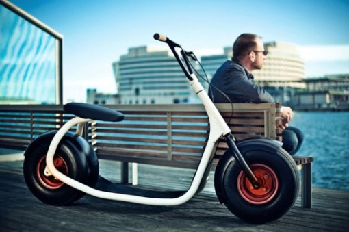 Scrooser-Electric-Scooter-2-580x386
