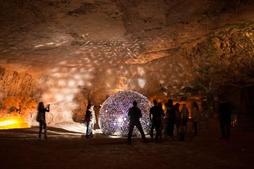 lotus-dome-jerusalem-cave-daan-roosegaard-designboom05