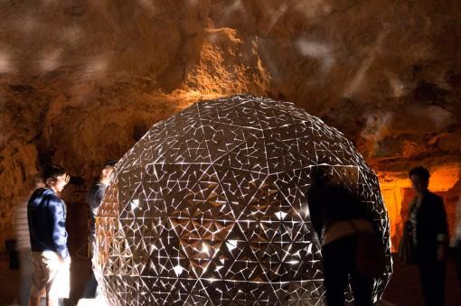 lotus-dome-jerusalem-cave-daan-roosegaard-designboom06