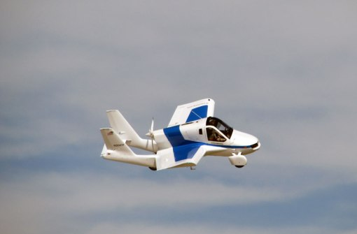 terrafugia-flying-car-public-flight-designboom02
