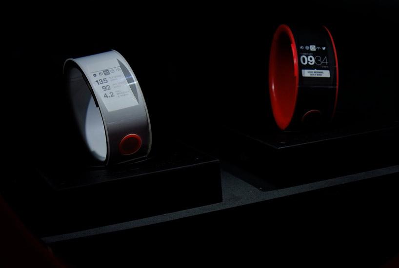 nismo-smartwatch-nissan-designboom05
