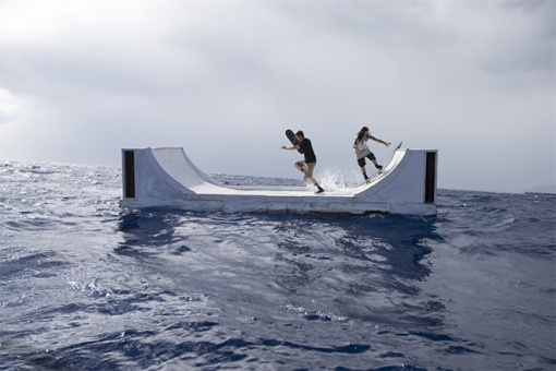 volcom_floating_miniramp_02