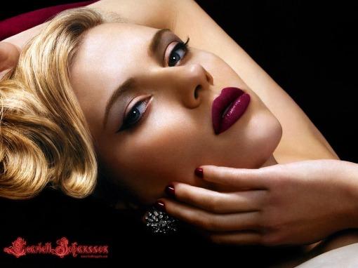 Scarlett-Johansson-scarlett-johansson-8836637-1600-1200