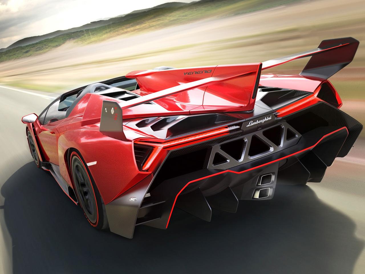 2014-Lamborghini-Veneno-Roadster-Rear-Angle