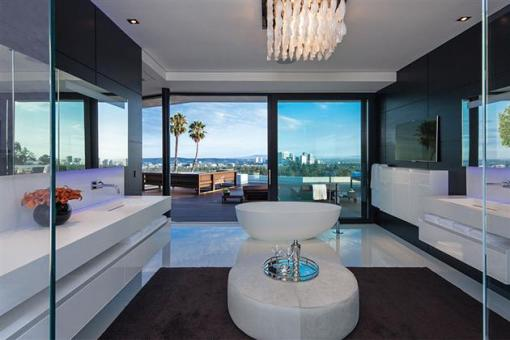 Beverly-Hills-Bachelor-Pad-by-Michael-Palumbo-10