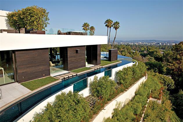 Beverly-Hills-Bachelor-Pad-by-Michael-Palumbo-2