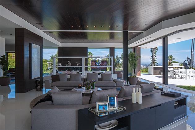 Beverly-Hills-Bachelor-Pad-by-Michael-Palumbo-6