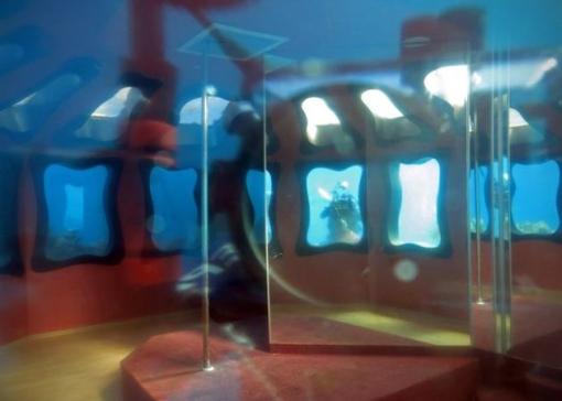 Abandoned-Underwater-Strip-Club-in-Israel-5