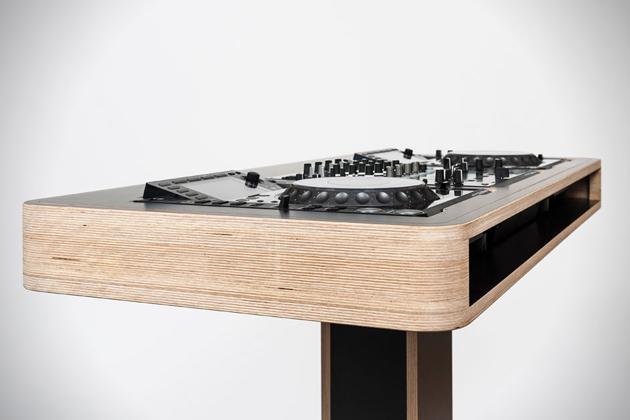 Hoerboard-Stereo-T-DJ-Workstation-4