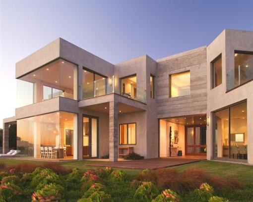 Modern-Seaside-Estate-in-Malibu-1