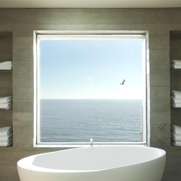 Modern-Seaside-Estate-in-Malibu-8