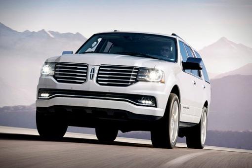 2015-Lincoln-Navigator-1