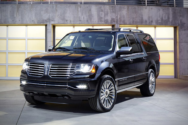 2015-Lincoln-Navigator-2