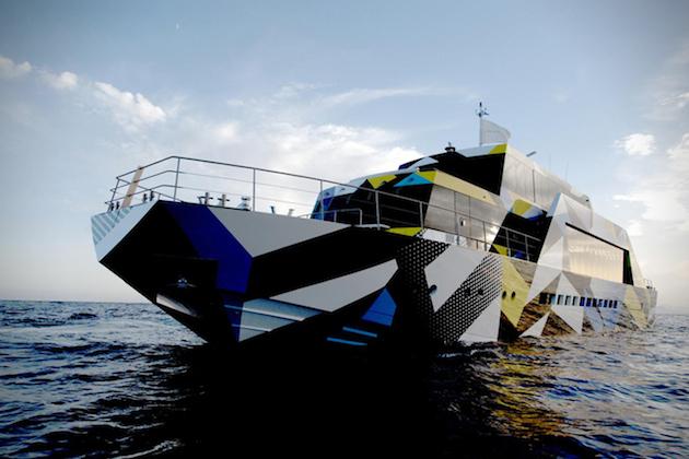 Guilty-Mega-Yacht-By-Jeff-Koons-1