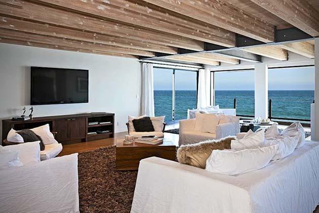 Matthew-Perrys-Malibu-Beach-House-3