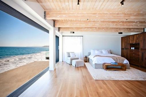 Matthew-Perrys-Malibu-Beach-House-5