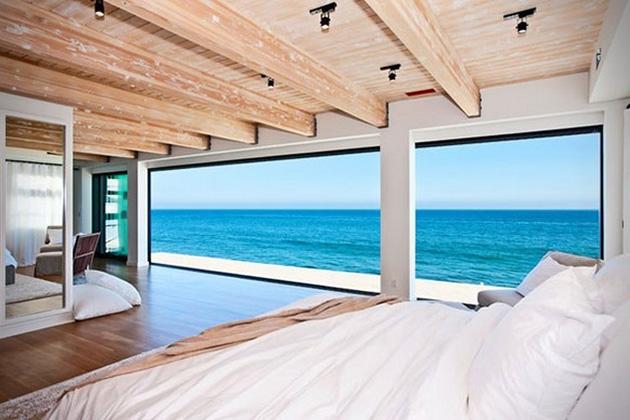 Matthew-Perrys-Malibu-Beach-House-6