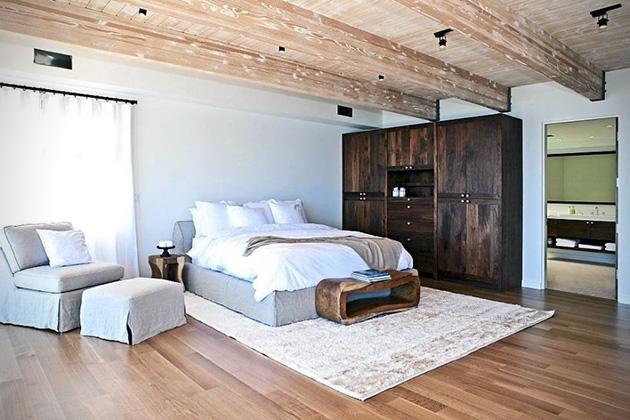 Matthew-Perrys-Malibu-Beach-House-7
