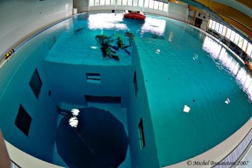 nemo33_world_deepest_swimming_pool2