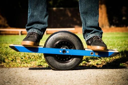 Onewheel-Self-Balancing-Skateboard-2